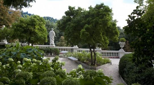 Serra con cucina in giardino_13